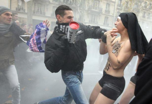 Paris Femen