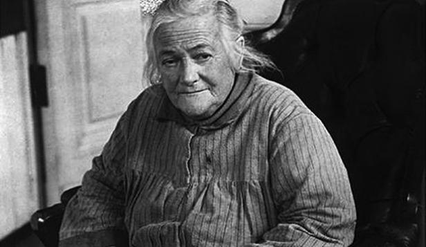 the life and contributions to womens rights by clara zetkin Clara zetkin (née eissner 5 july 1857 – 20 june 1933) was a german marxist theorist, activist, and advocate for women's rights in 1911, she organized the f.