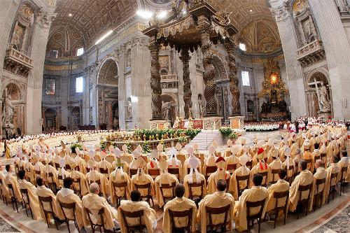 Pope Celebrates Mass To Conclude Bishops Gathering